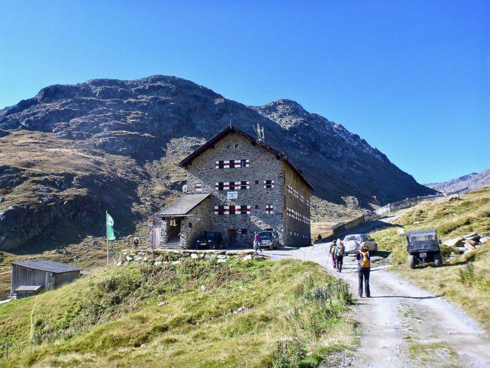 The Martin-Busch-hut at an elevation of 2501m