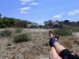 Hiking injury: One of many rest breaks with my hiking injury on the PCT