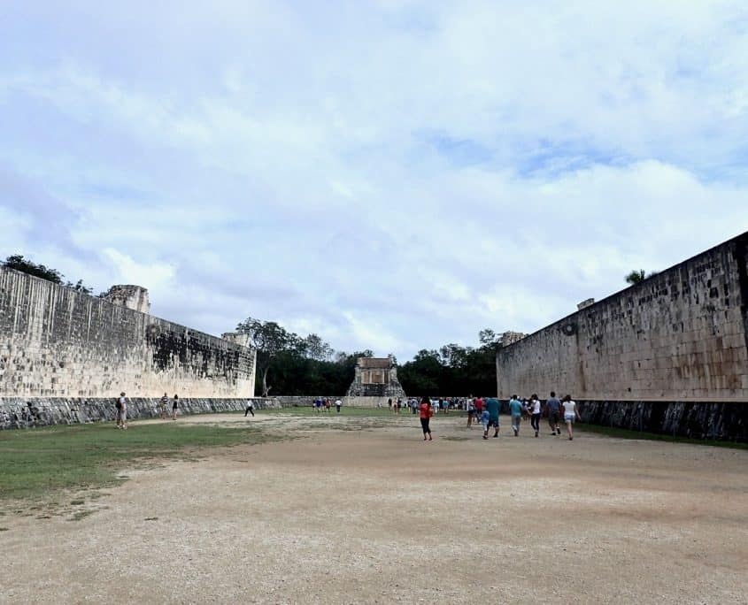 The ballcourt of Chichén Itzá