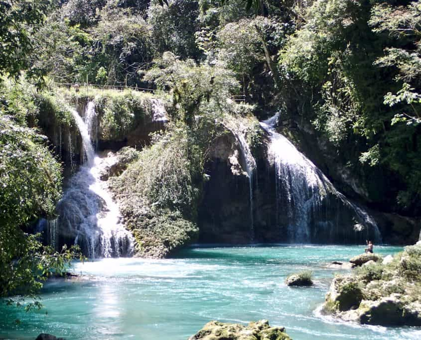 A nice waterfall of the river Cabahon at Semuc Champey
